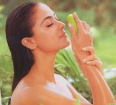 cosmesi naturali,come fare un deodorante alle essenze,deodorante naturale,deodorante,deodorante fai da te,taccuino,