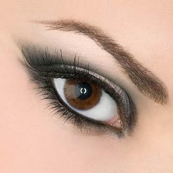 la matita per occhi senza sbavature,matita occhi,trucco perfetto,make-up,