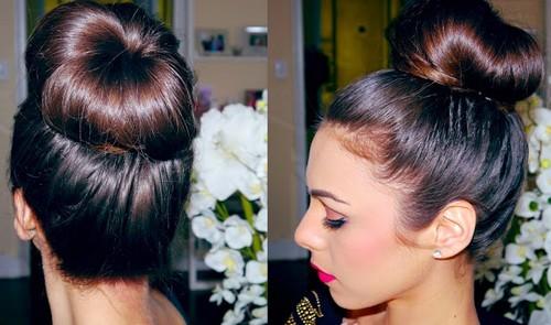 fai da te capelli,ciambella chignon,acconciature capelli,capelli raccolti,moda capelli,acconciatura,acconciature mare,