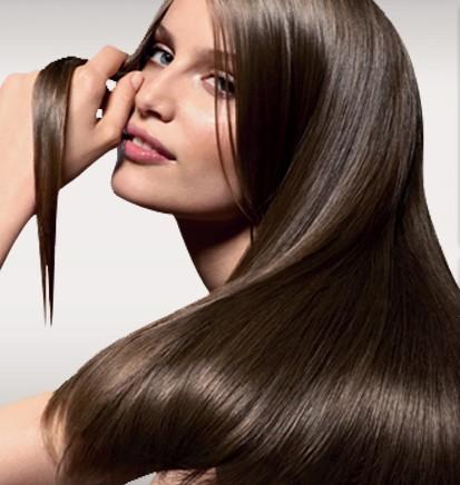 rendi i tuoi capelli sani con metodi naturali,trattamenti naturali per capelli,infiammazioni cutanee,camomilla per schiarire i capelli,canfora per balsami e lozioni,olio d'oliva per capelli fragili,